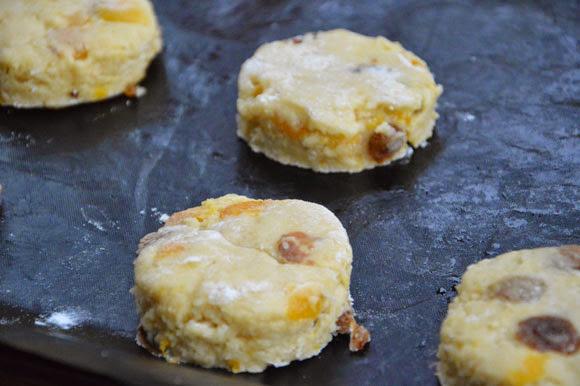 Scones, een recept van Jamie Oliver