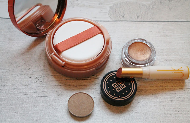 L'Oreal Glam Bronze Cushion de Soleil Fresh Glow Bronzer Review and Swatches