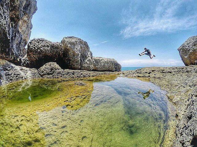 Antara Pantai Mbehi dan Teluk Bidadari, Kombinasi Alam yang Mempesona di Malang