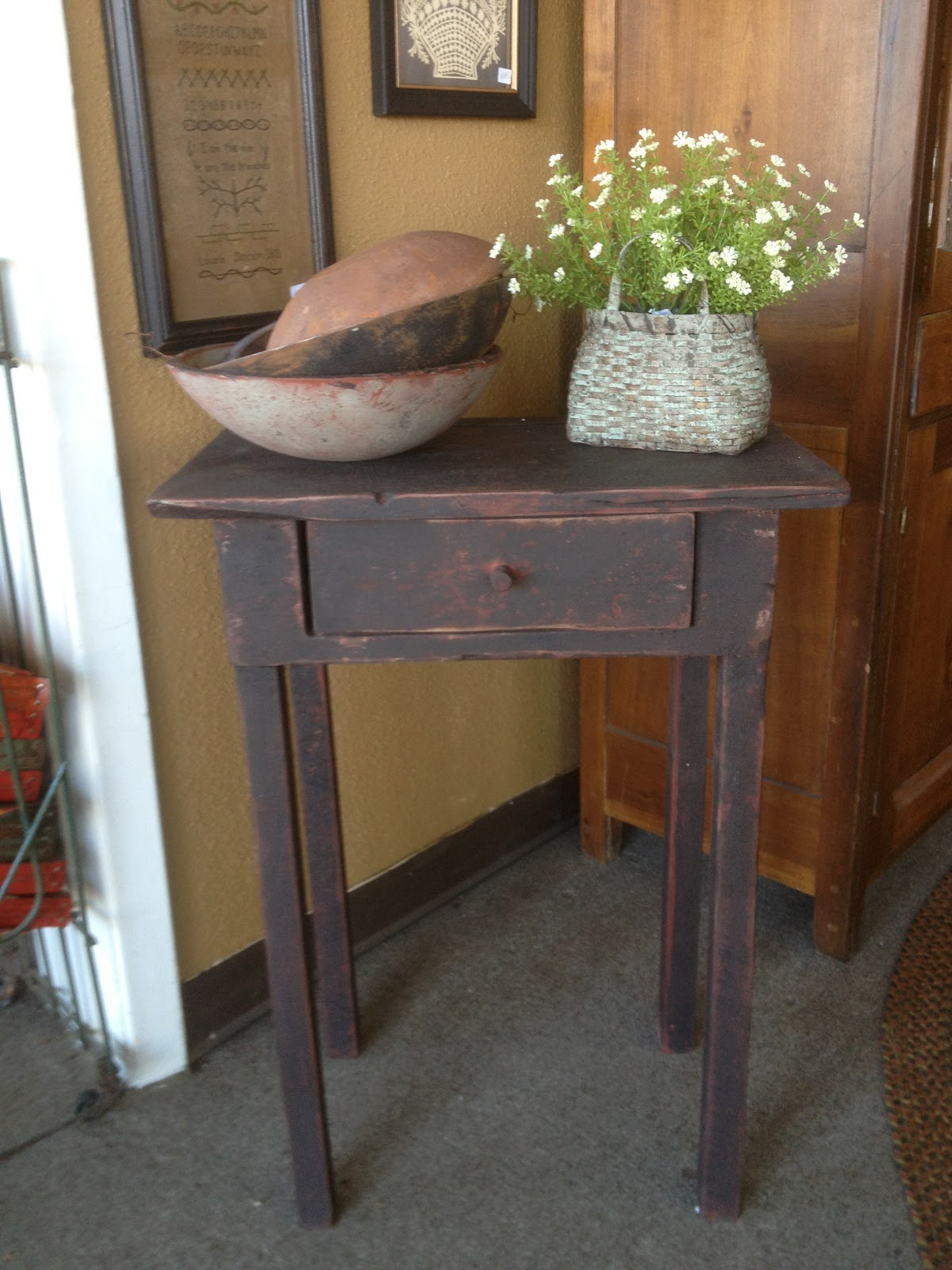 Country Primitive Sofa Tables Article Xiv 1000 43 Ideas About On Pinterest