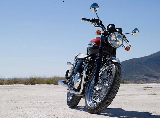 Harga Triumph Bonneville T100