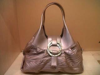 Model Tas Branded Untuk Pesta Mewah dan Elegan Terbaru