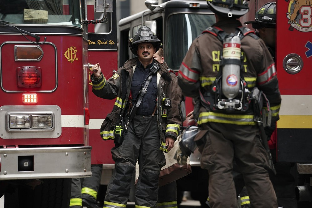 Chicago Fire - Season 7 Episode 02: Going to War