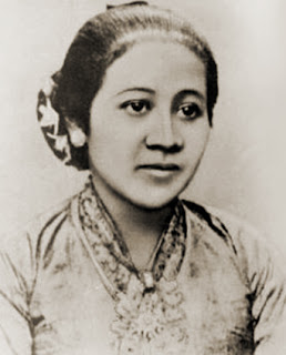 Kisah-Biografi-Sejarah-Perjuangan-Raden-Adjeng-Kartini-Pahlawan-Nasional-Wanita-Jepara-Jawa-Tengah