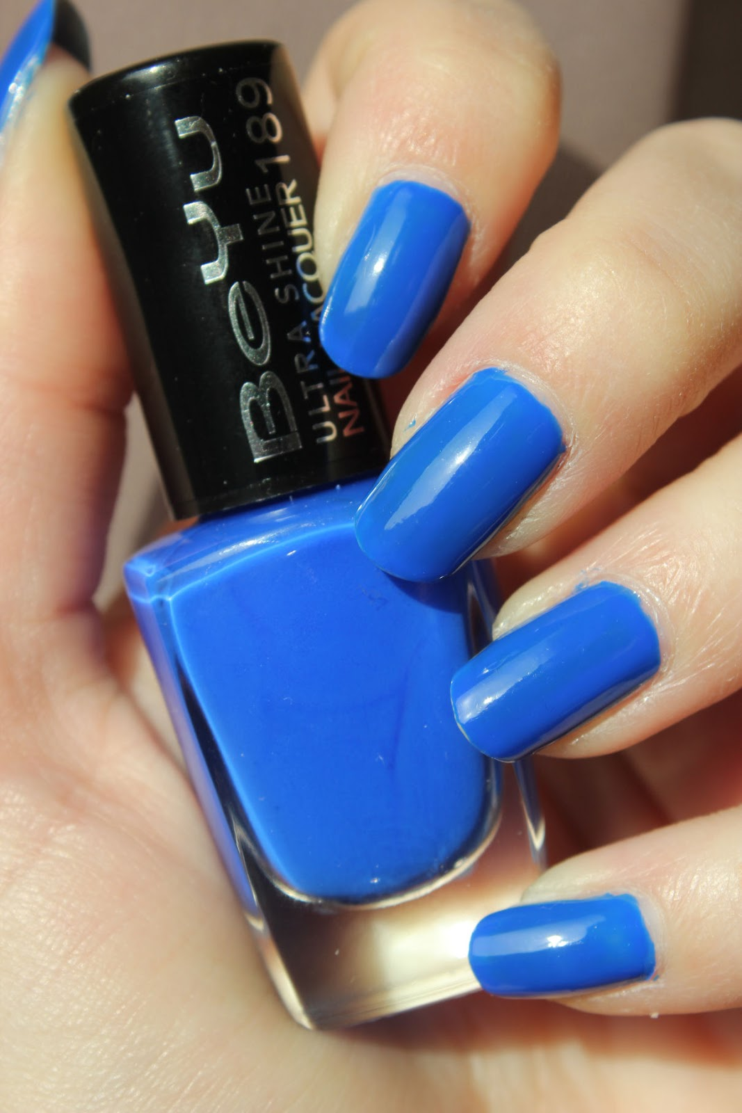 http://lacquediction.blogspot.de/2014/03/beyu-ultra-shine-nail-lacquer-189-blue.html