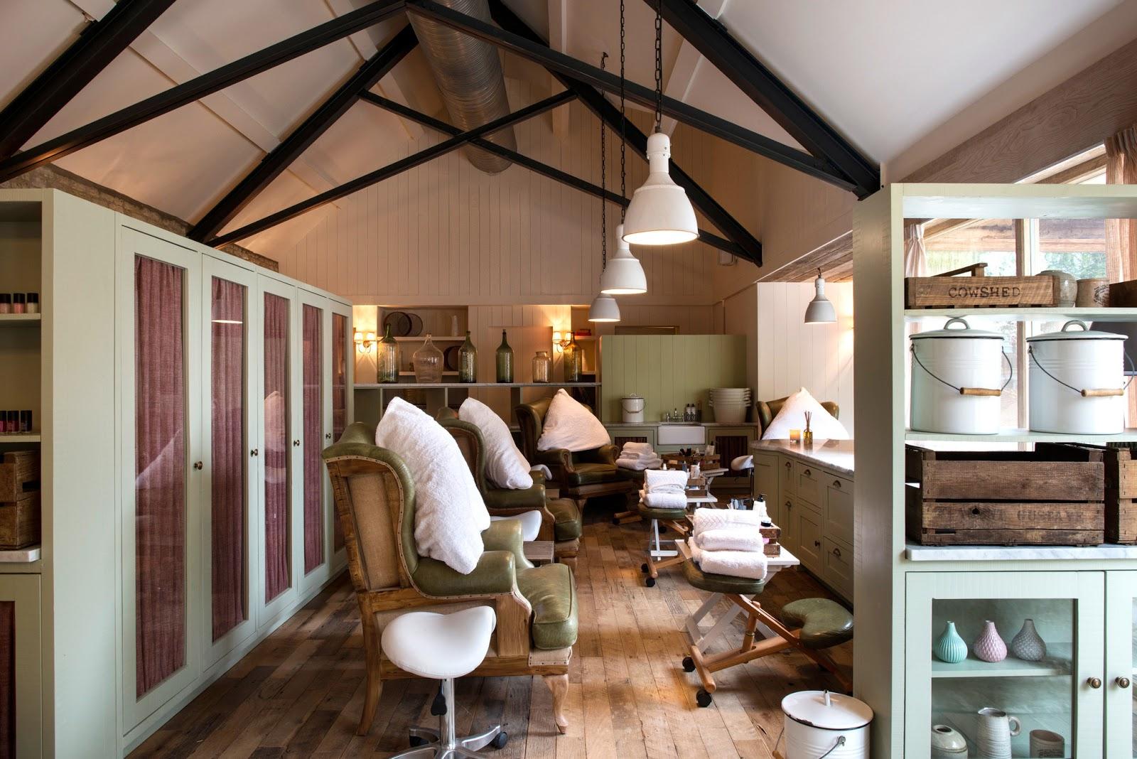 Alexandra D Foster Destinations Perfected Oxfordshire