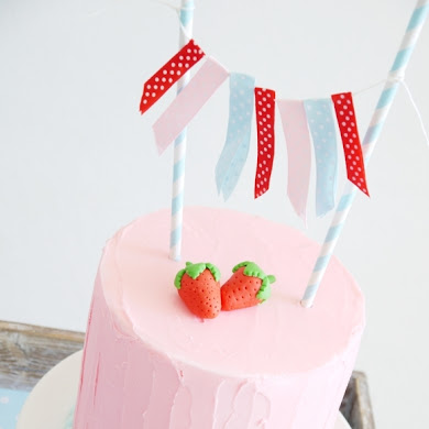 Easy Strawberry Birthday Cake Recipe