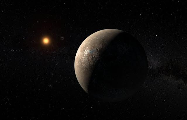 Hình ảnh đồ họa cho thấy hành tinh Proxima b đang trong quỹ đạo quay quanh ngôi sao lùn Proxima Centauri – ngôi sao gần hệ Mặt Trời nhất. Cũng có thể thấy trong hình, gần sao Proxima Centauri là hệ sao đôi Alpha Centauri AB. Credit: ESO/M. Kornmesser.