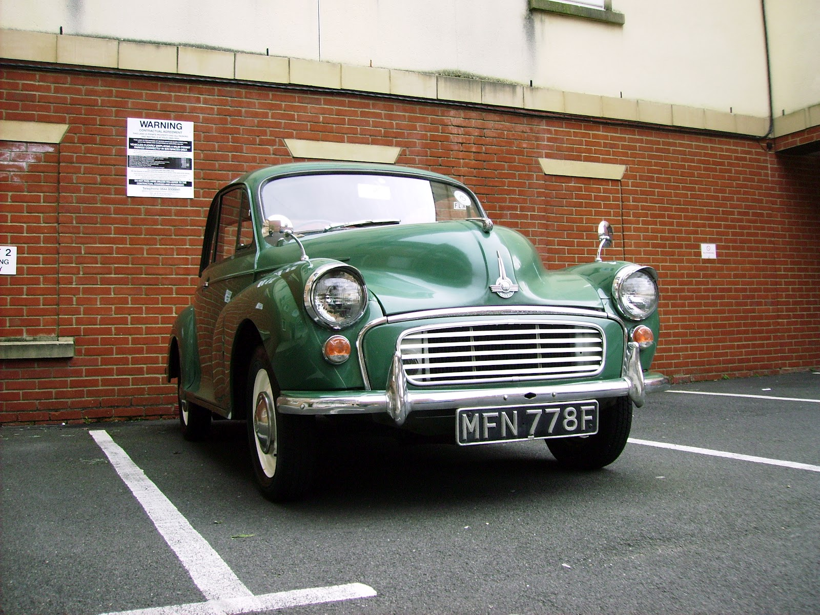 Fuse Box Spitfire Gt6 Forum Triumph Experience Car Forums The Morris Minor Headlight 31 Wiring Diagram Images Imgp0334 Living With A It Since Then At