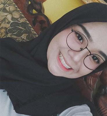 Regita Echa Senyum