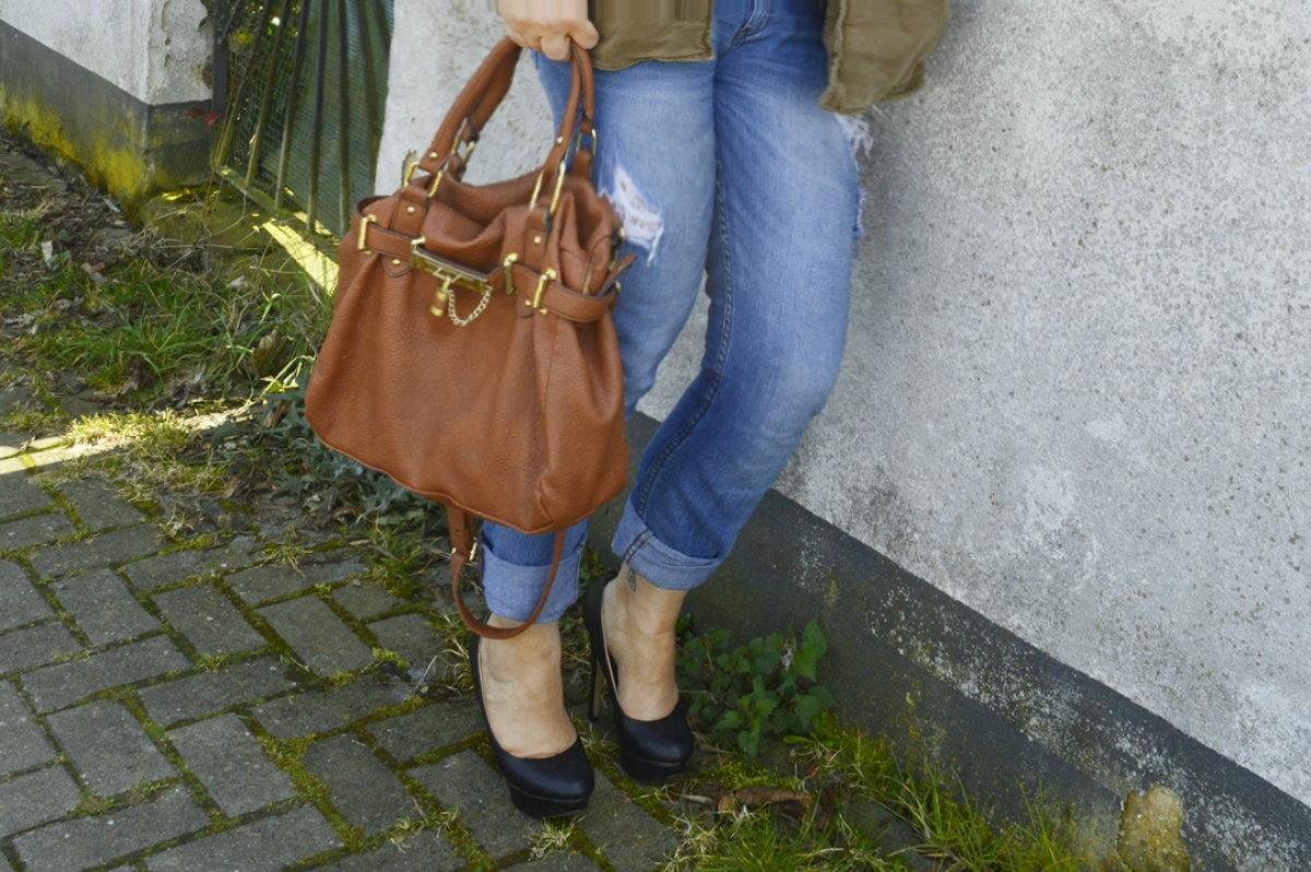 Boyfriend Jeans and Off-Shoulder Top with Military Jacket and Steve Madden Bag