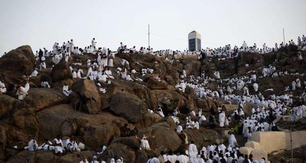 """إسرائيليون على """"جبل عرفات"""" !!"""