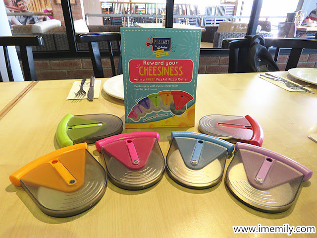 Anchor Food Professional @ Hungrybear Malacca pizza cutter