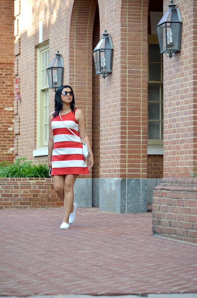Wearing: Dress/Vestido: SheIn Bag/Bolso: CNDirect Shoes/Zapatos: TJMax