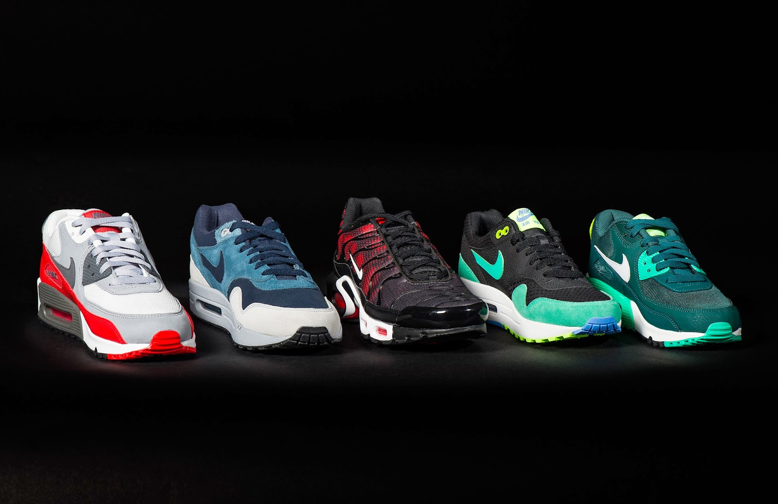 FOOT LOCKER FEIERT EXCLUSIVE SNEAKERS WITH BIG PERSONALITIES - IT'S AIR MAX DAY