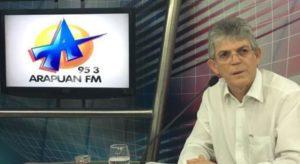 'Querem juntar meia dúzia de caciques para enganar população', diz Ricardo Coutinho sobre oposição