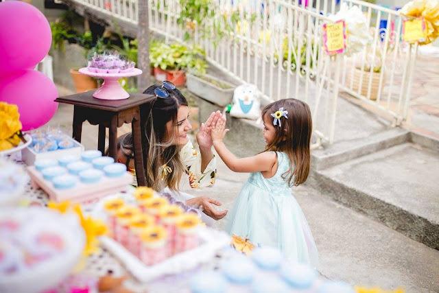 festa afetiva frozen fever girassóis diy e decoração na caixa bh que seja mágico