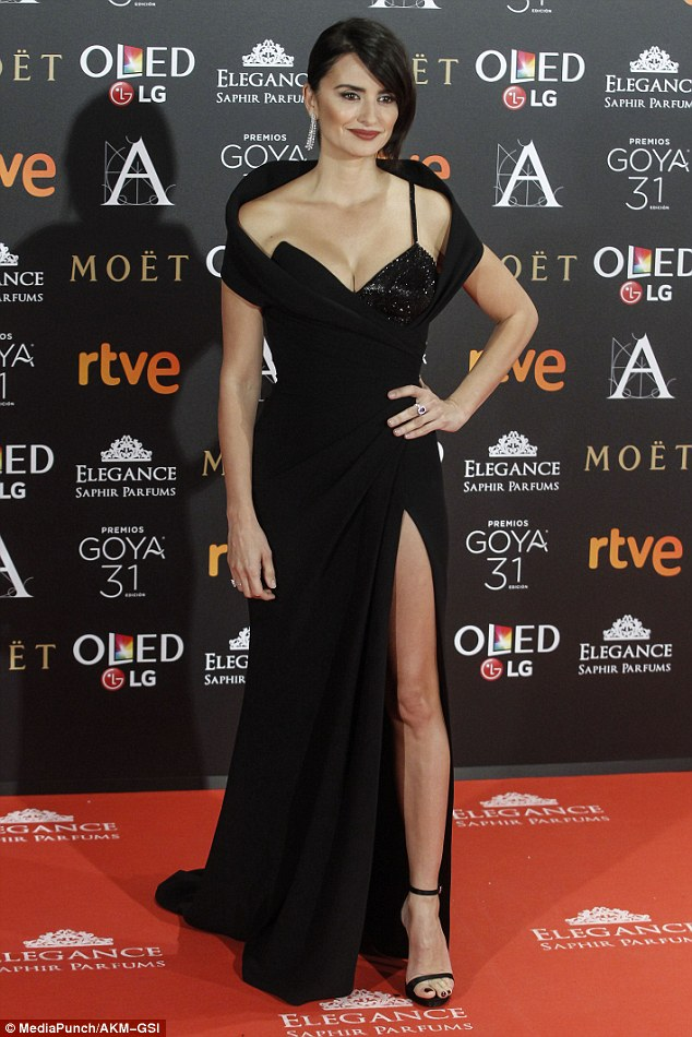 Penelope Cruz shows off cleavage at the 31st Annual Goya Film Awards