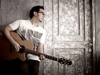 Download Kunci Gitar Adera – Lebih Indah