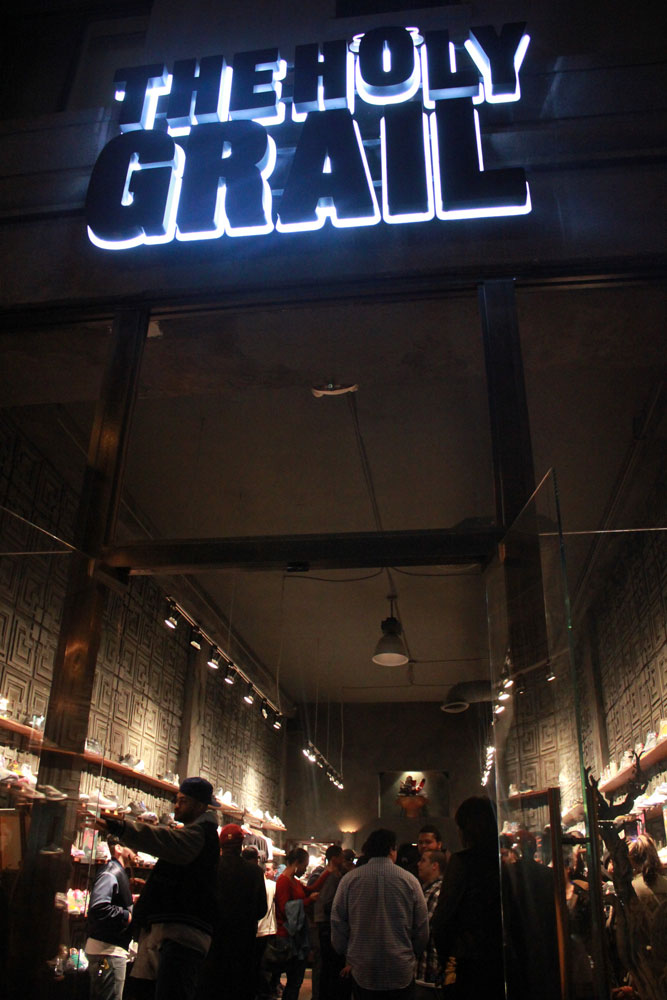 The-Holy-Grail-Los-Angeles-store-front.j