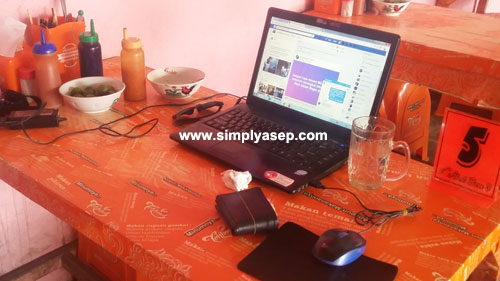 I had an old model of lappie and I will use it to earn money online. Photo Asep Haryono