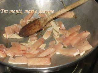 Pollo, carciofi
