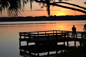 Take a sunset walk around Lake Hollingsworth, Lakeland
