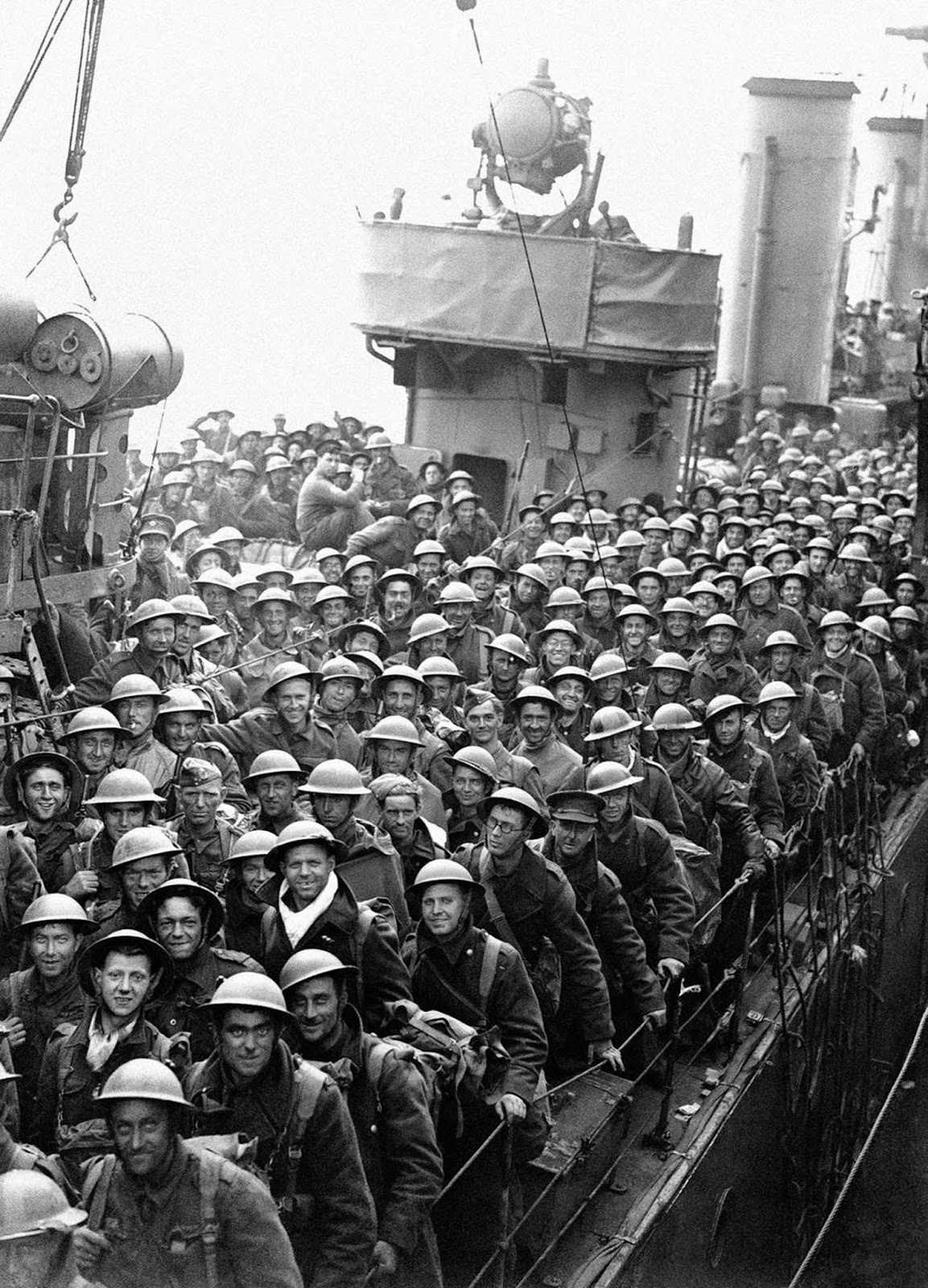 British Expeditionary Forces safely arrive back in England.