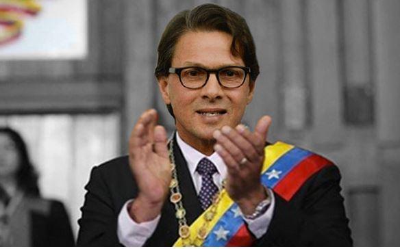 Marcha a la Polar de Los Cortijos para pedir a Lorenzo que sea Presidente