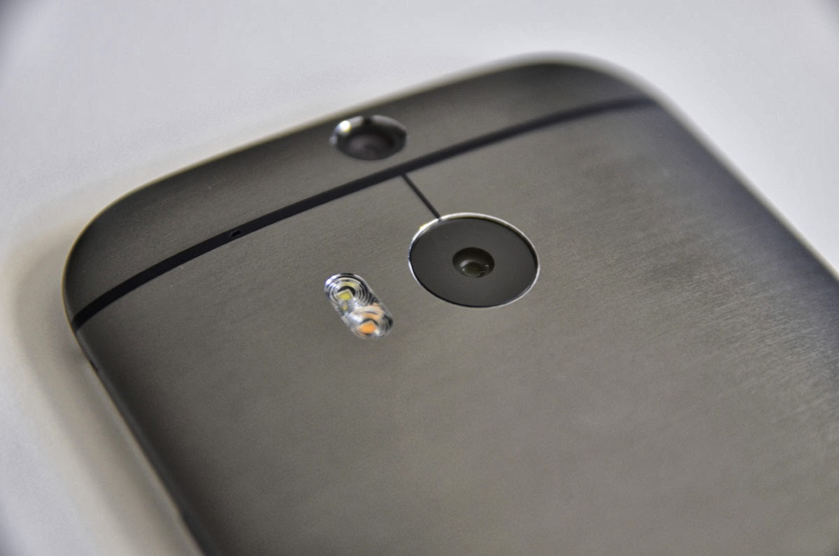 htc one m8 duo camera with dual flash and depth sensor