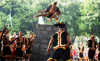 downloa soal ulangan Soal UH Baru IPS Kelas 5 Bab Suku Bangsa dan Budaya di Indonesia ktsp semester 1