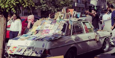 سيارة مرسيدس قديمة في عمان
