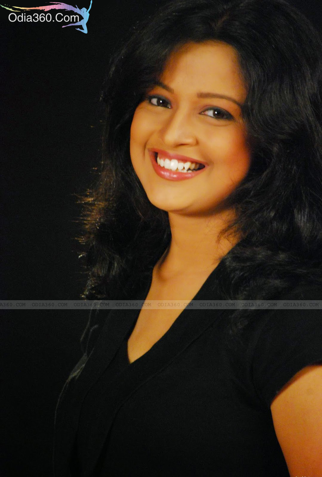 Priya Choudhury Height, Weight, Age, Biography,Wiki & Wallpapers