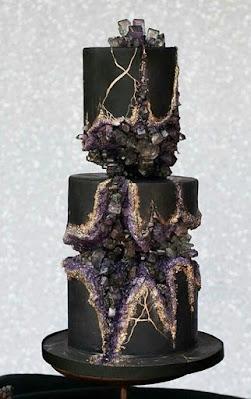 K'Mich Weddings - wedding planning - wedding geode black cake - Avalon Cakes