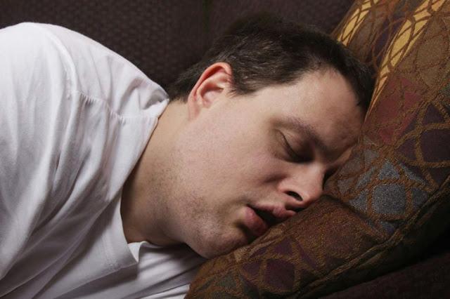 Esto es lo que menos de 6 horas de sueño le hace a tu cuerpo