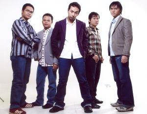 Setia By Jikustik Lyrics Dan Video