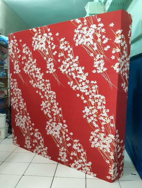 Kasur inoac motif randu merah maroon