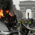 """FRANCESES COPIAN A LOS HAITIANOS: - """"Chalecos amarillos"""": barricadas, gases lacrimógenos, vehículos en llamas ... los devastados Campos Elíseos"""