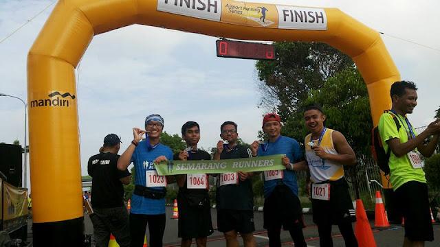 Foto bersama semarang runners