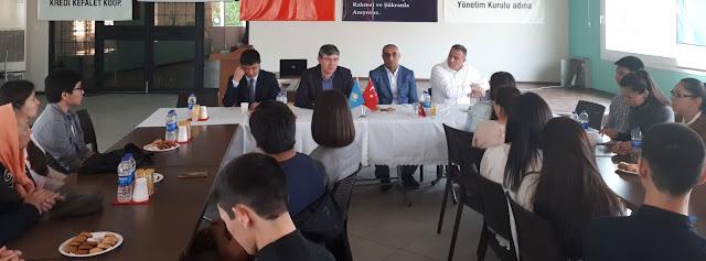 Kazakistan Büyükelçisi Abzal Saparbekuly İzmir'de Yaşayan Kazaklar ve Öğrencilerle Buluştu
