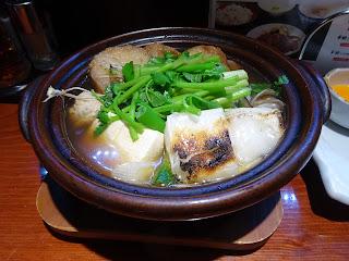五橋横丁のせり入り仙台麩とり鍋