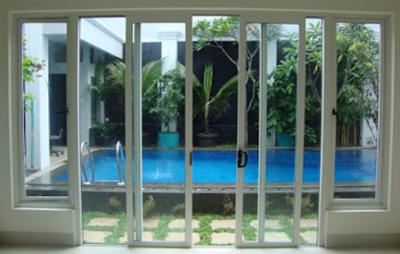 jendela minimalis untuk belakang rumah