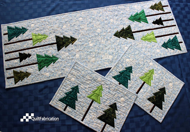 Holiday Forest table runner and placemats