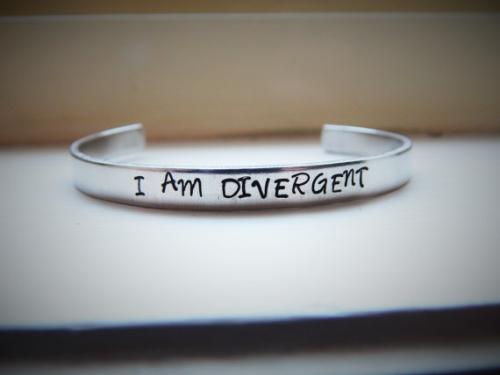 Divergent bracelet