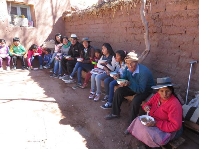 Nach dem Gottesdienst gab es dann ein bescheidenes Mittagessen, bei dem auch einige Gauchos anwesend waren, darunter eine Facebook-Freundin.