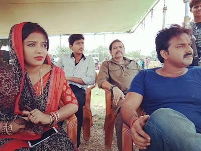 Bhojpuri Actor Pawan Singh With his Wife Jyoti Singh Photo, Image
