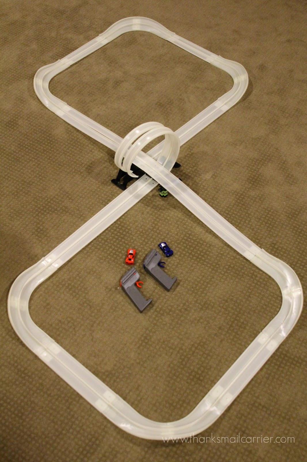 Max Traxxx Infinity Loop track