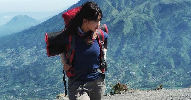 Tips mengatasi datang bulan saat mendaki