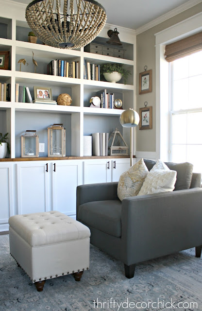 DIY built in bookcases