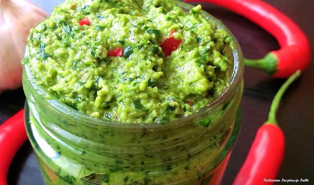 Zielone pesto z chilli
